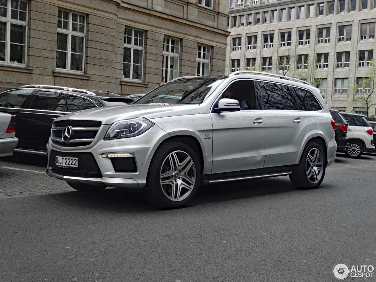 mercedes benz gl 63 amg x166 12 april 2017 autogespot. Black Bedroom Furniture Sets. Home Design Ideas