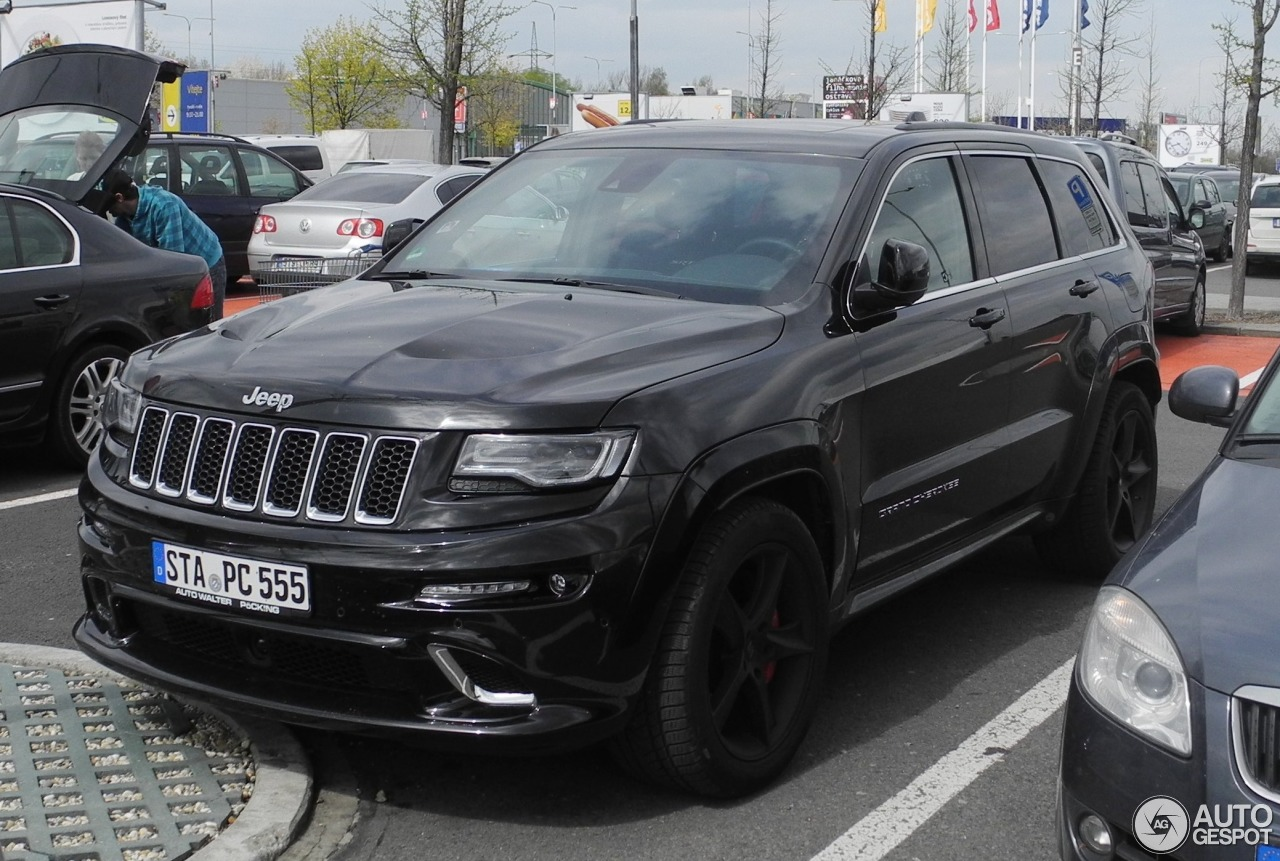 jeep grand cherokee srt 8 2013 14 april 2017 autogespot. Black Bedroom Furniture Sets. Home Design Ideas