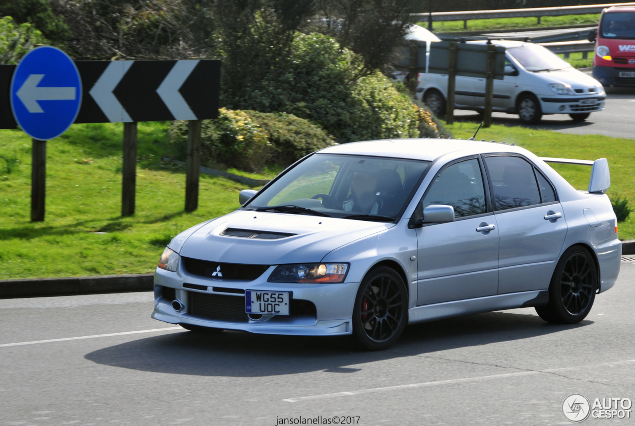 mitsubishi lancer evolution ix mr 17 april 2017 autogespot. Black Bedroom Furniture Sets. Home Design Ideas