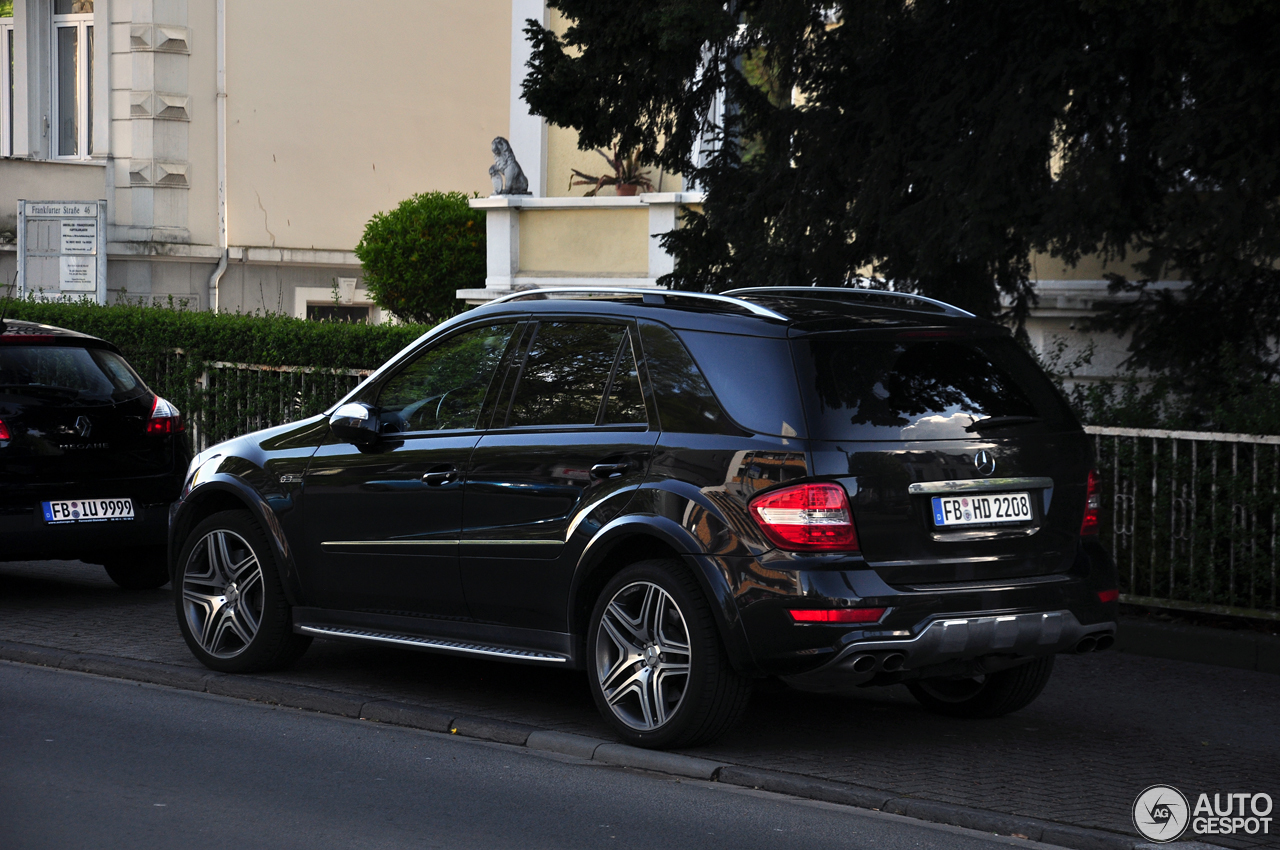 Mercedes benz ml 63 amg w164 2009 19 april 2017 autogespot for Mercedes benz ml 2017