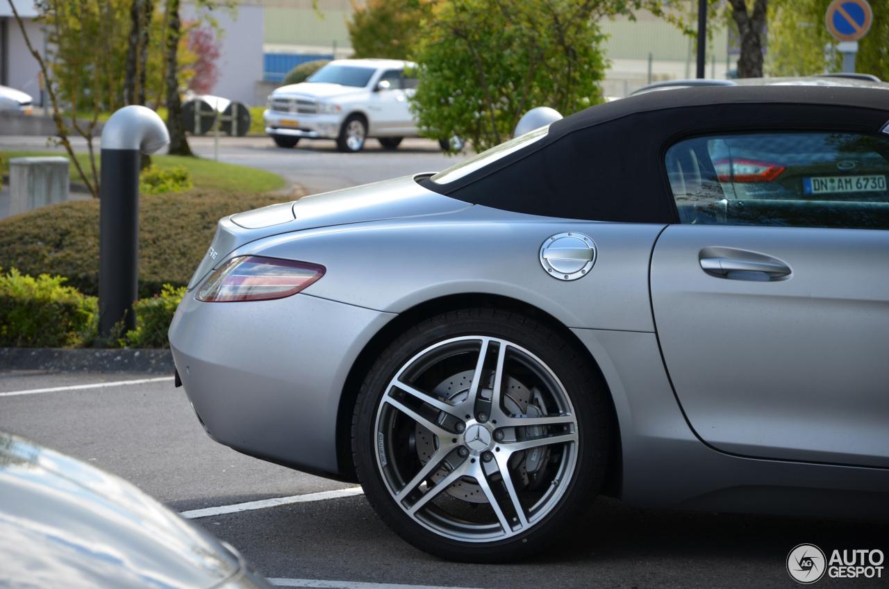 Mercedes Benz Sls Amg Roadster 19 April 2017 Autogespot