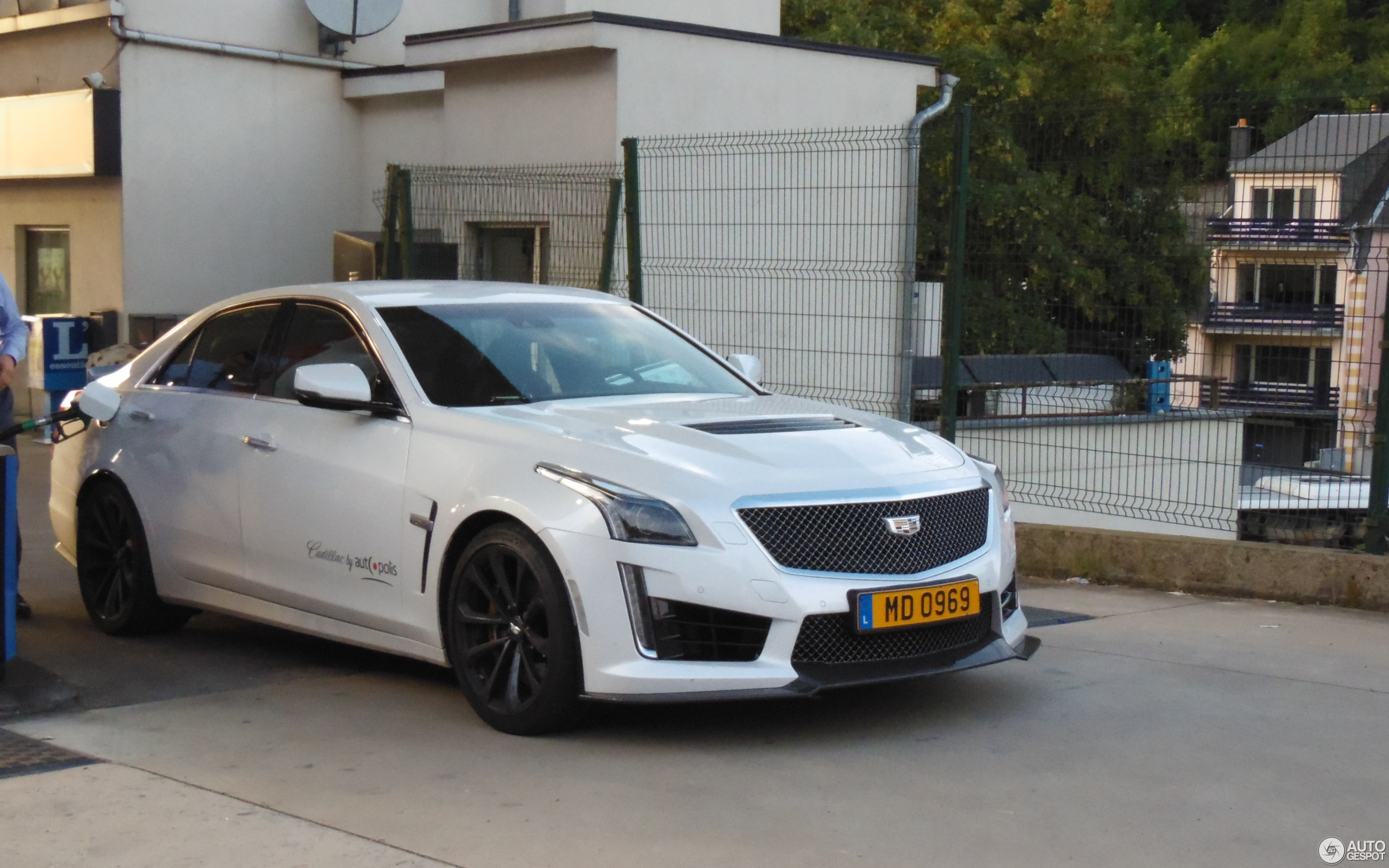 v review expert of cadillac used vehicle cts