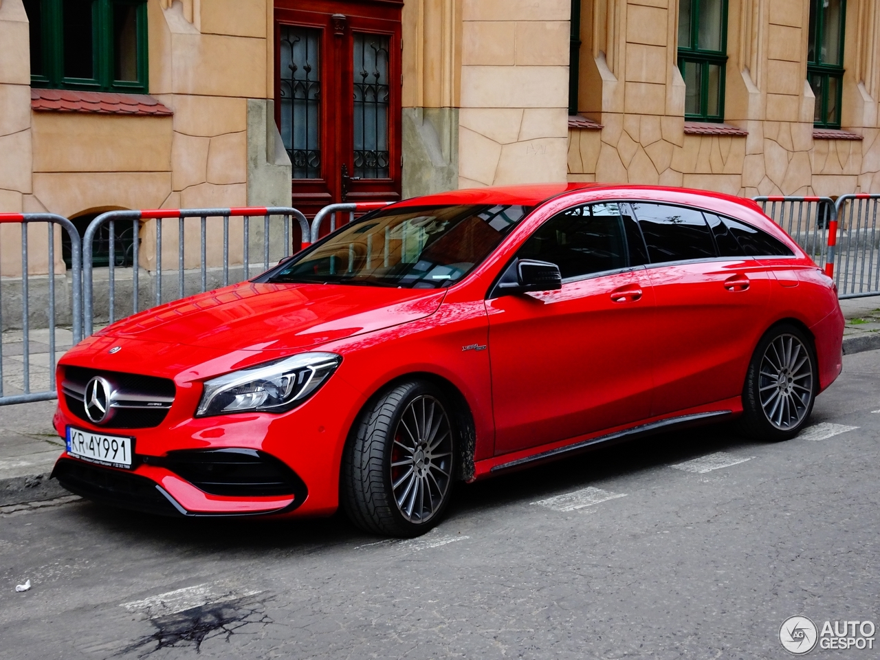 mercedes amg cla 45 shooting brake x117 2017 20 april 2017 autogespot. Black Bedroom Furniture Sets. Home Design Ideas