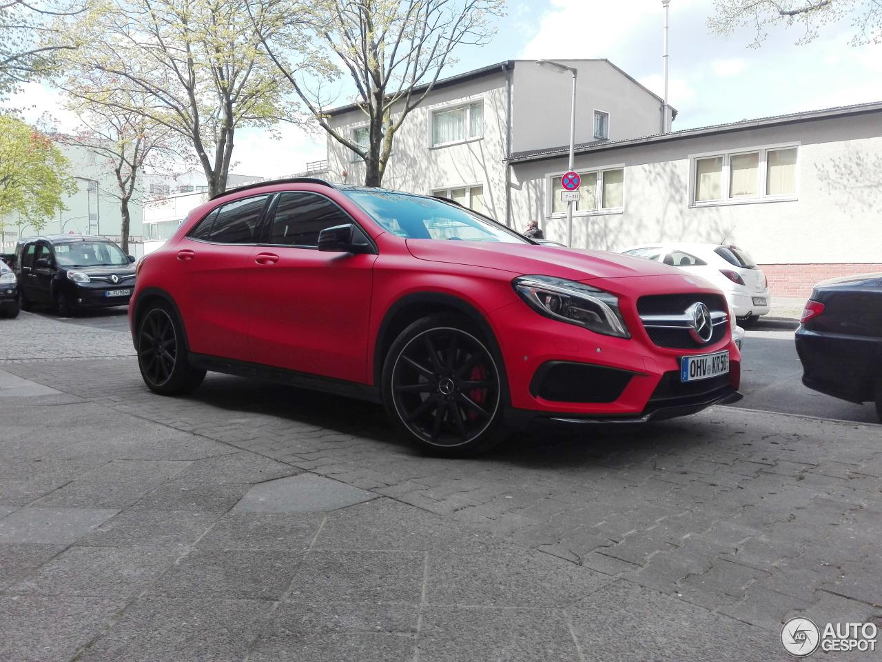 Mercedes benz gla 45 amg x156 20 april 2017 autogespot for 2017 mercedes benz amg gla 45