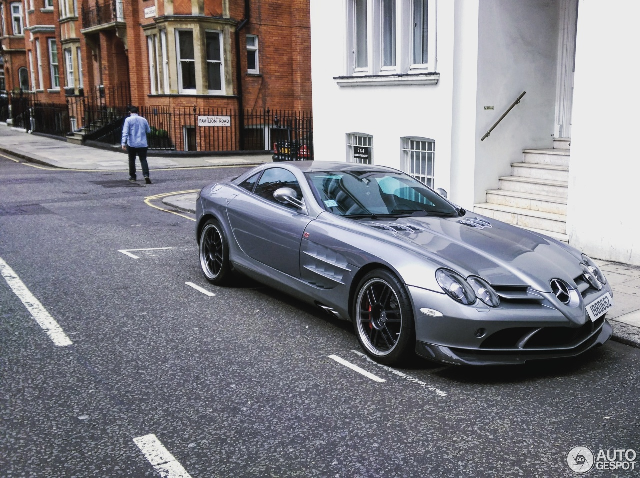 Mercedes benz slr mclaren 722 edition 21 april 2017 for Mercedes benz slr