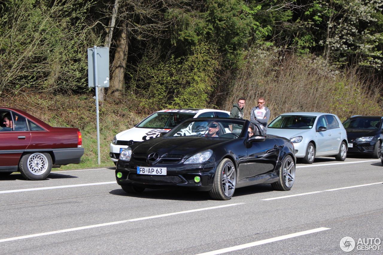 Mercedes benz slk 55 amg r171 22 april 2017 autogespot for Mercedes benz slk amg 2017