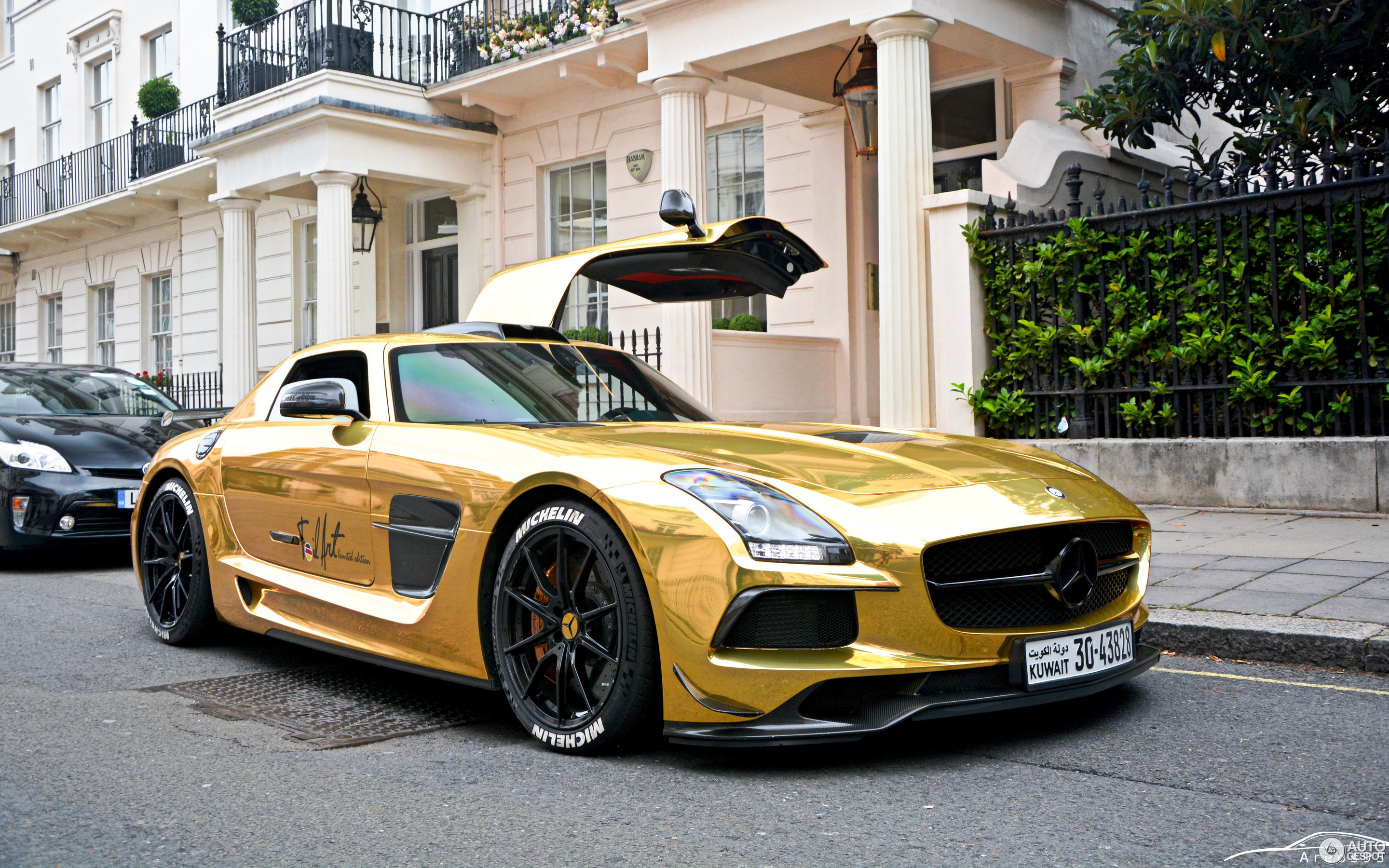 Marvelous Mercedes Benz SLS AMG Black Series