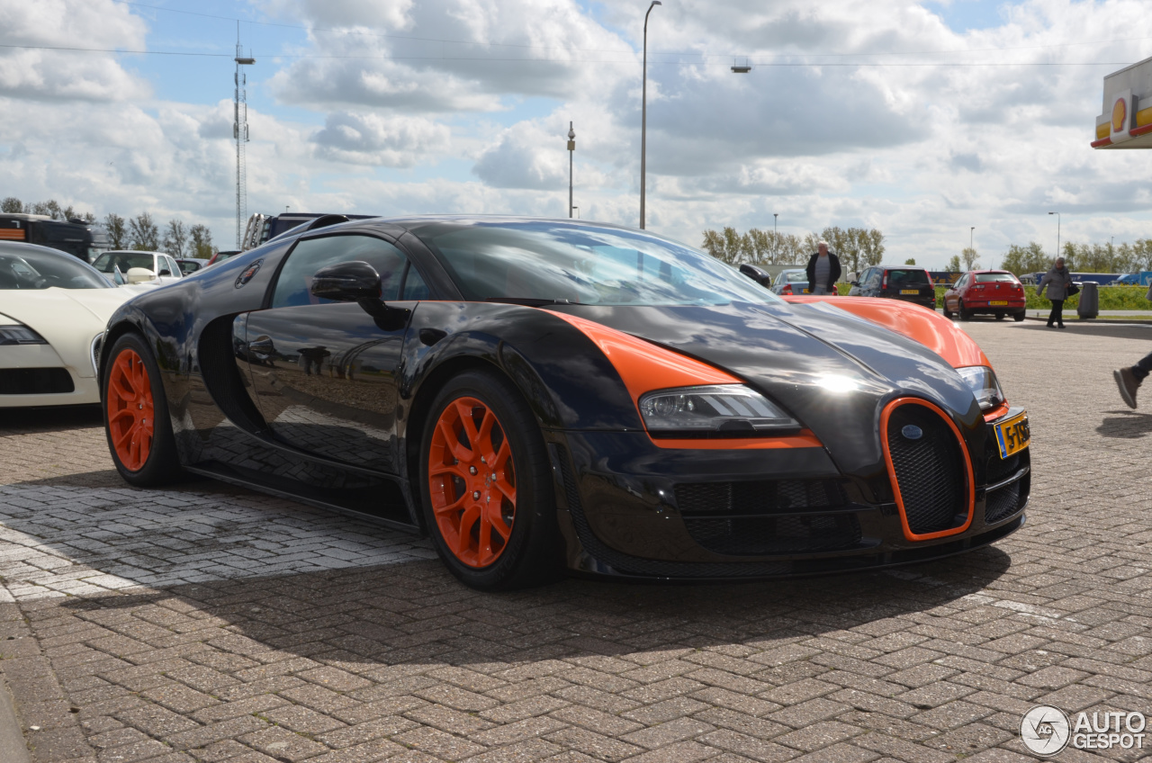 bugatti veyron 16 4 grand sport vitesse world record car edition 23 april 2. Black Bedroom Furniture Sets. Home Design Ideas
