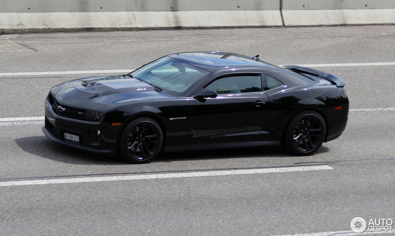 Chevrolet Camaro Zl1 23 April 2017 Autogespot