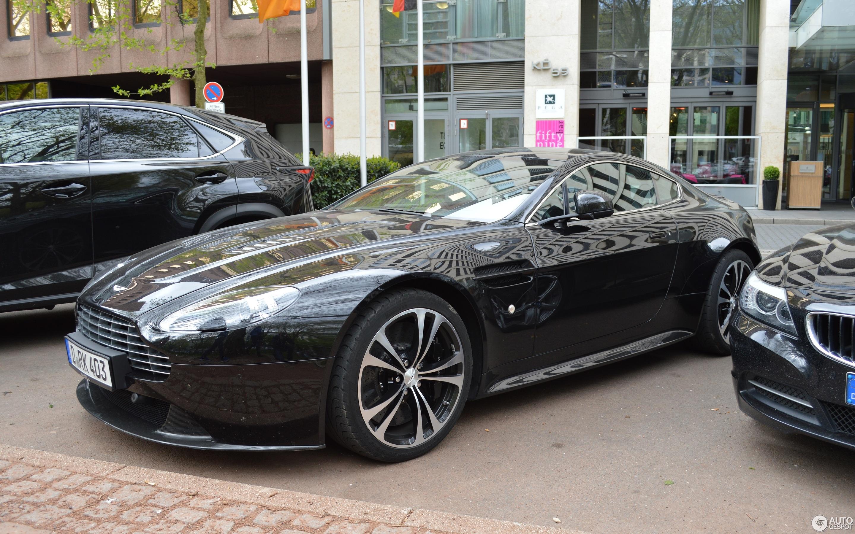 Aston Martin V12 Vantage Carbon Black Edition - 23 April ...