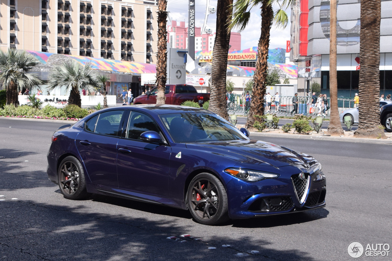 alfa romeo giulia quadrifoglio 25 april 2017 autogespot. Black Bedroom Furniture Sets. Home Design Ideas