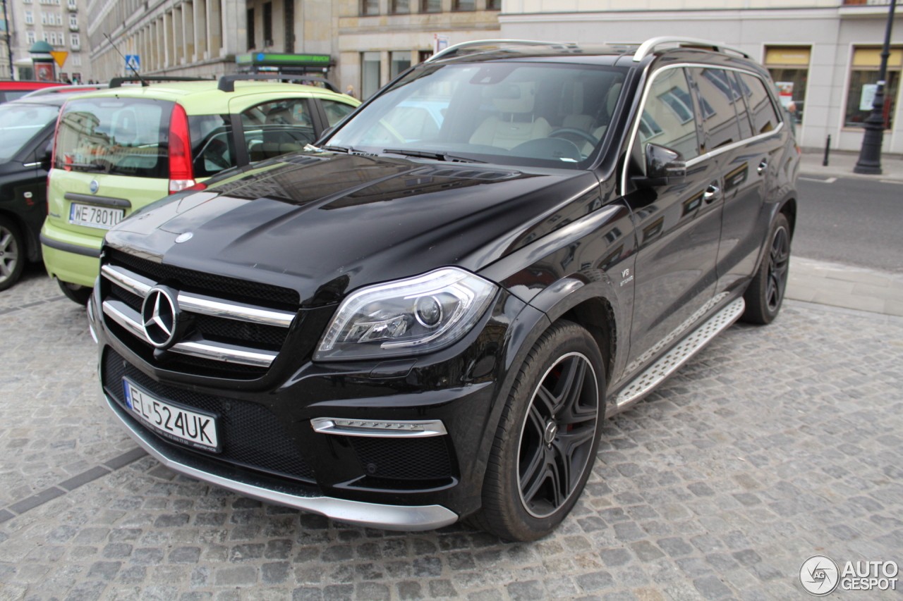 Mercedes benz gl 63 amg x166 25 april 2017 autogespot for 2017 mercedes benz gl450