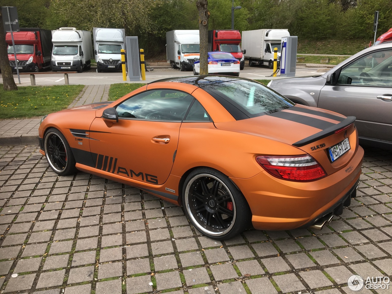 mercedes benz slk 55 amg r172 27 april 2017 autogespot. Black Bedroom Furniture Sets. Home Design Ideas