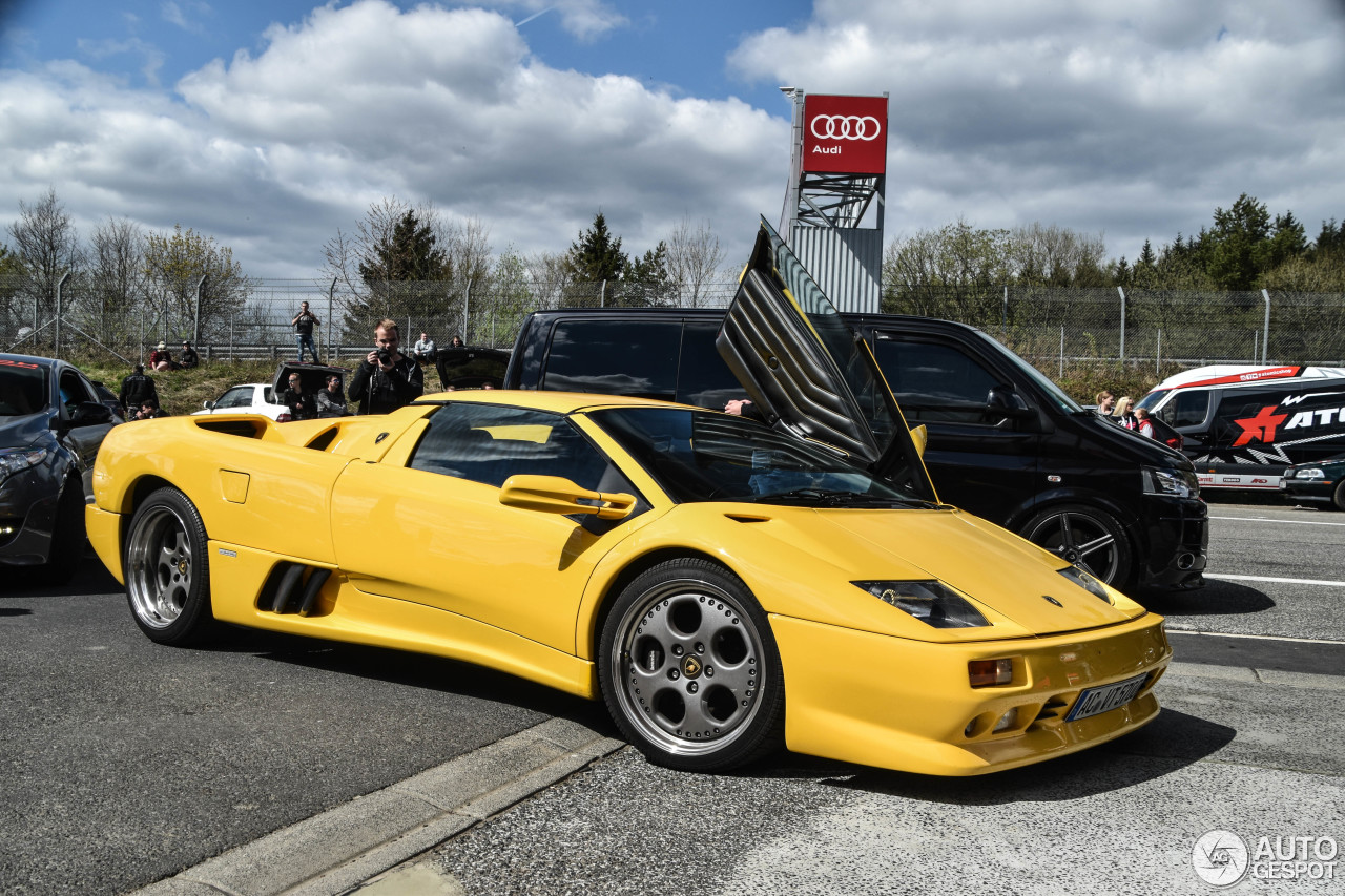 2010 Lamborghini Diablo Roadster photo - 1
