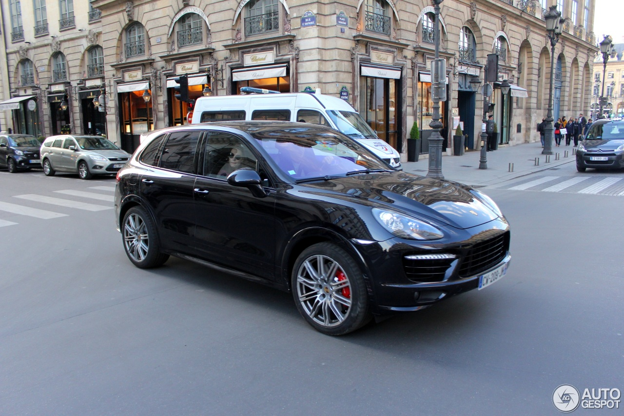 porsche 958 cayenne turbo s 29 april 2017 autogespot. Black Bedroom Furniture Sets. Home Design Ideas