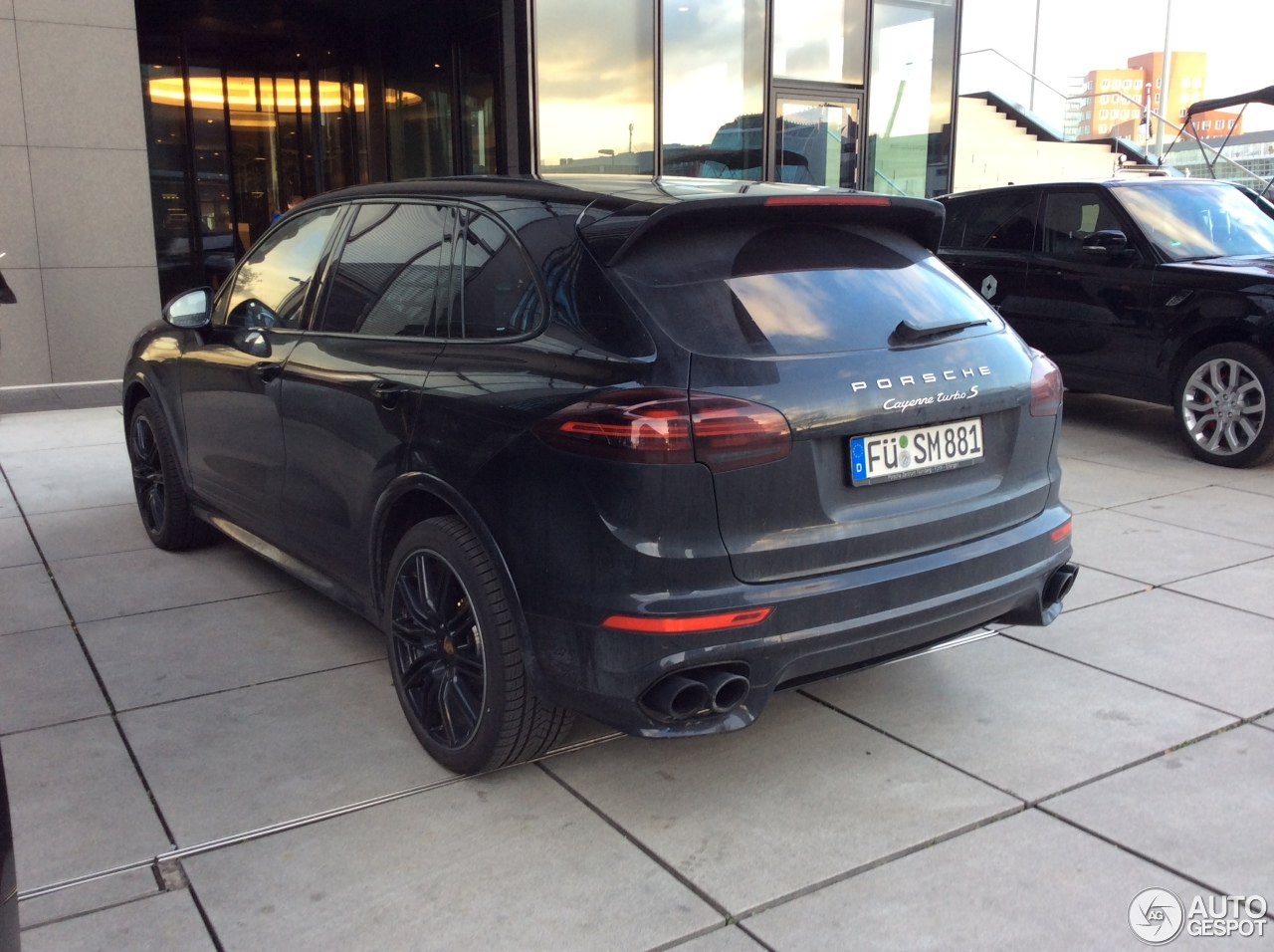 porsche 958 cayenne turbo s mkii 29 april 2017 autogespot. Black Bedroom Furniture Sets. Home Design Ideas