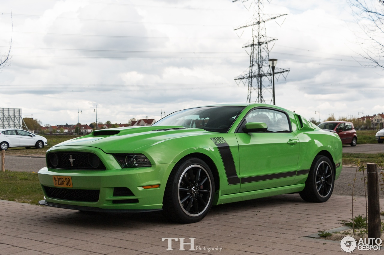 ford mustang boss 302 2013 30 april 2017 autogespot. Black Bedroom Furniture Sets. Home Design Ideas