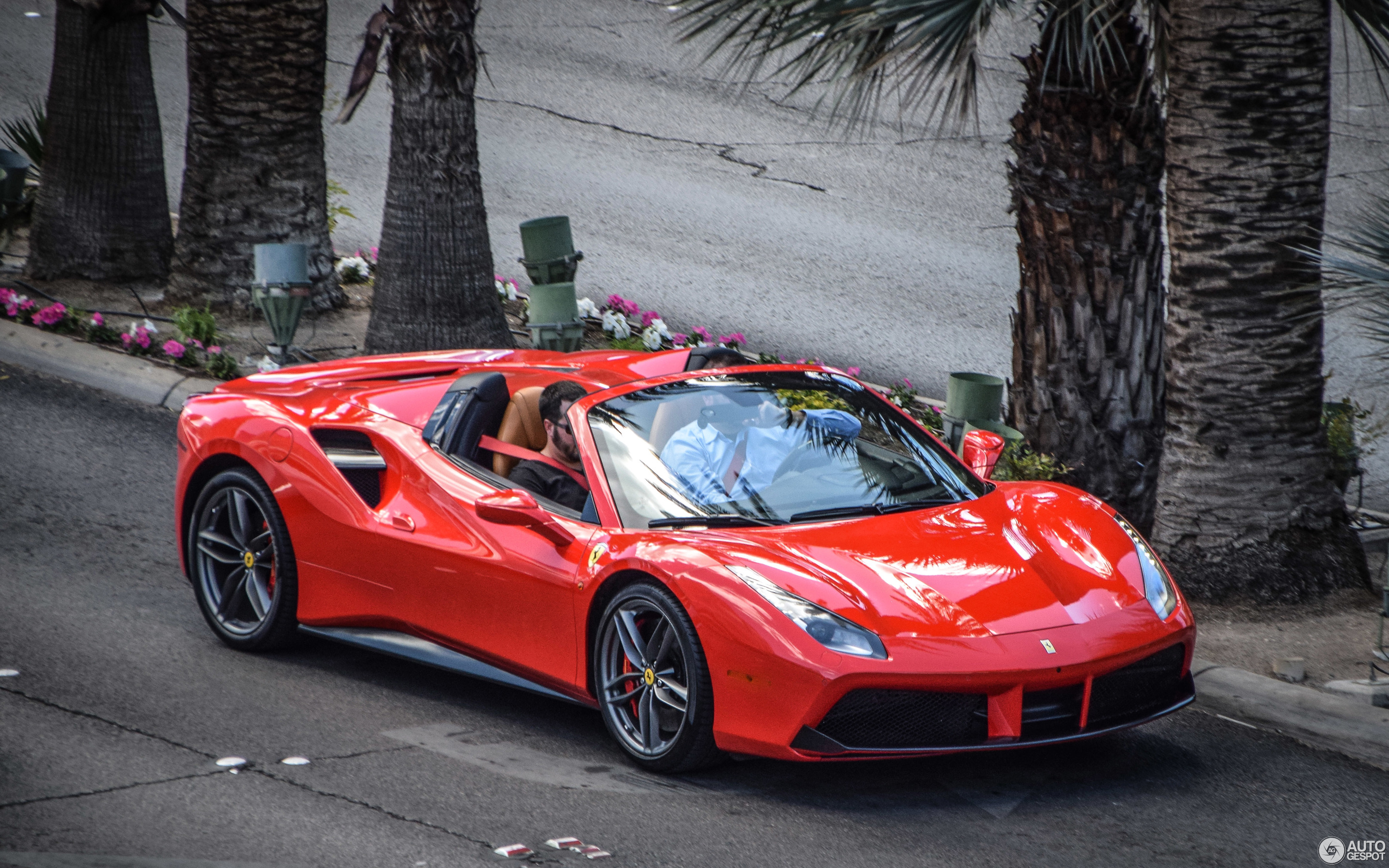 Ferrari 488 Spider 30 April 2017 Autogespot