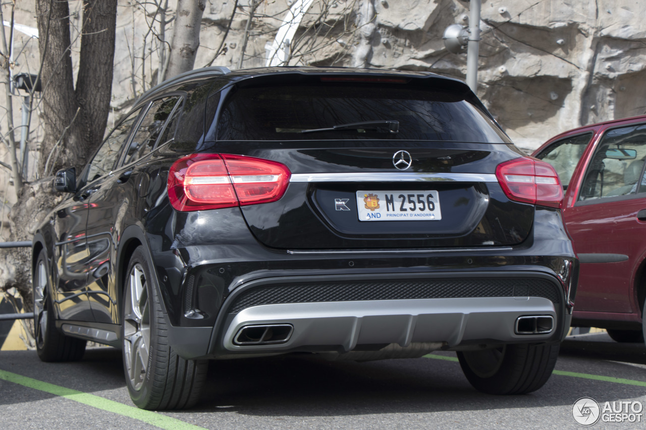 Mercedes benz gla 45 amg x156 2 may 2017 autogespot for 2017 mercedes benz amg gla 45