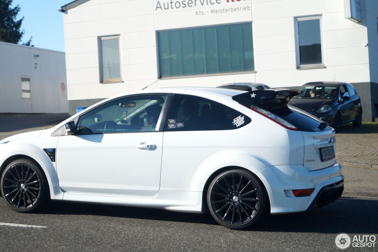 ford focus rs 2009 5 may 2017 autogespot. Black Bedroom Furniture Sets. Home Design Ideas