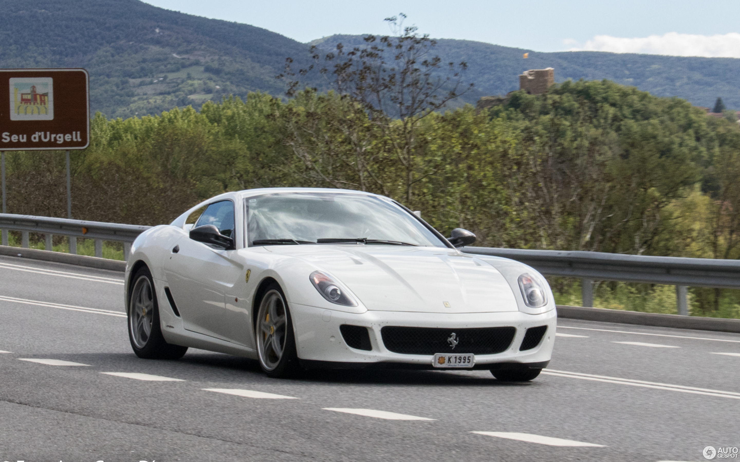 gve gallery vehicles for image luxury ferrari owned london fiorano sale gtb pre
