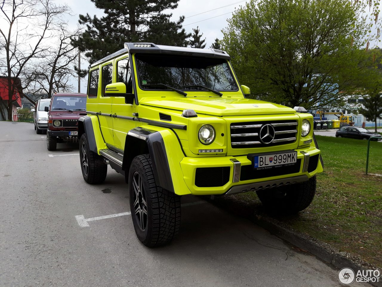 Mercedes benz g 500 4x4 8 may 2017 autogespot for Mercedes benz 500 2017