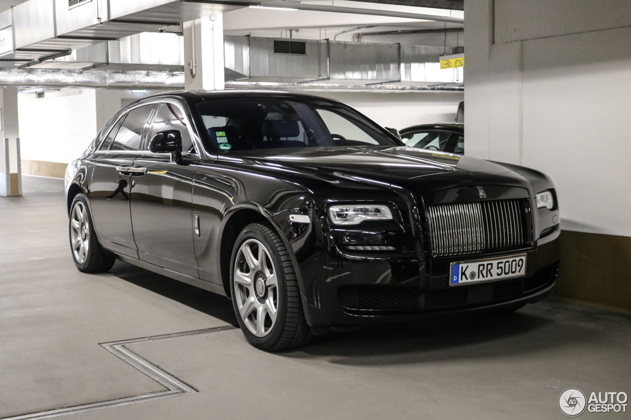 rolls royce ghost series ii black badge 11 may 2017 autogespot. Black Bedroom Furniture Sets. Home Design Ideas