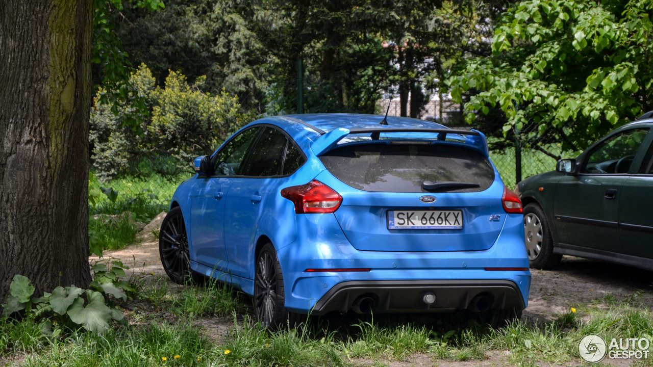 ford focus rs 2015 13 mei 2017 autogespot. Black Bedroom Furniture Sets. Home Design Ideas