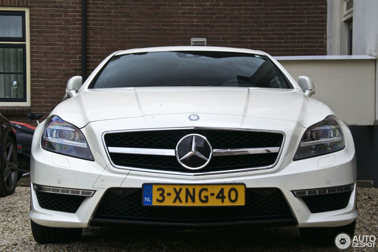 mercedes benz cls 63 amg x218 shooting brake 14 may 2017 autogespot. Black Bedroom Furniture Sets. Home Design Ideas