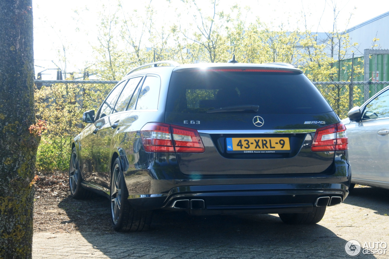 mercedes benz e 63 amg s212 v8 biturbo 14 may 2017 autogespot. Black Bedroom Furniture Sets. Home Design Ideas