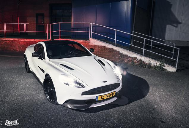 Aston Martin Vanquish 2015 Carbon White Edition