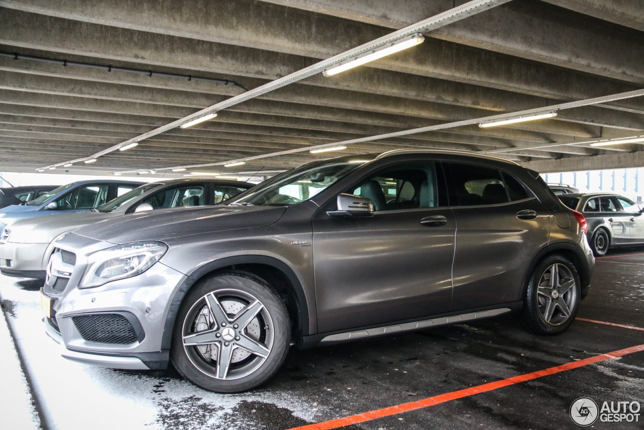 Mercedes benz gla 45 amg x156 24 may 2017 autogespot for 2017 mercedes benz amg gla 45