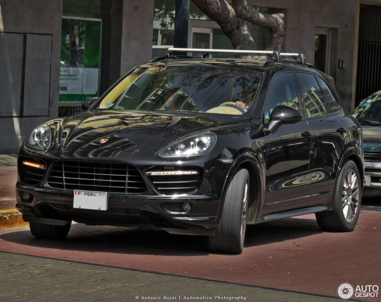 porsche 958 cayenne gts 24 may 2017 autogespot. Black Bedroom Furniture Sets. Home Design Ideas