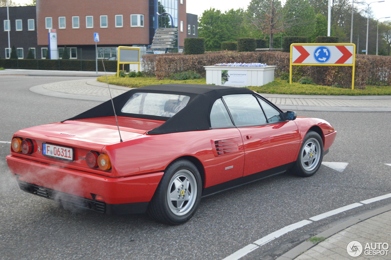 ferrari mondial t cabriolet 26 may 2017 autogespot. Black Bedroom Furniture Sets. Home Design Ideas