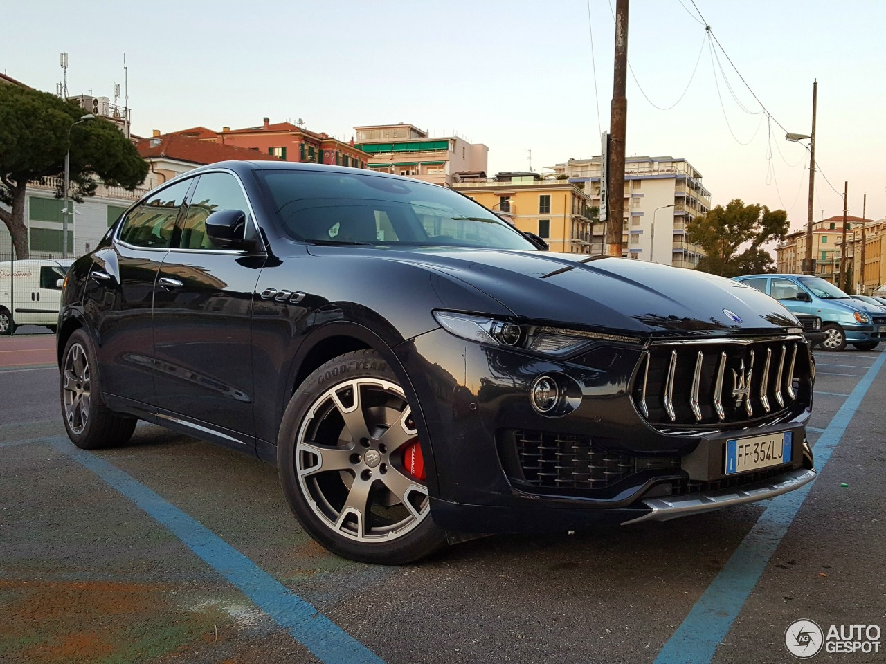 maserati levante diesel 26 may 2017 autogespot. Black Bedroom Furniture Sets. Home Design Ideas