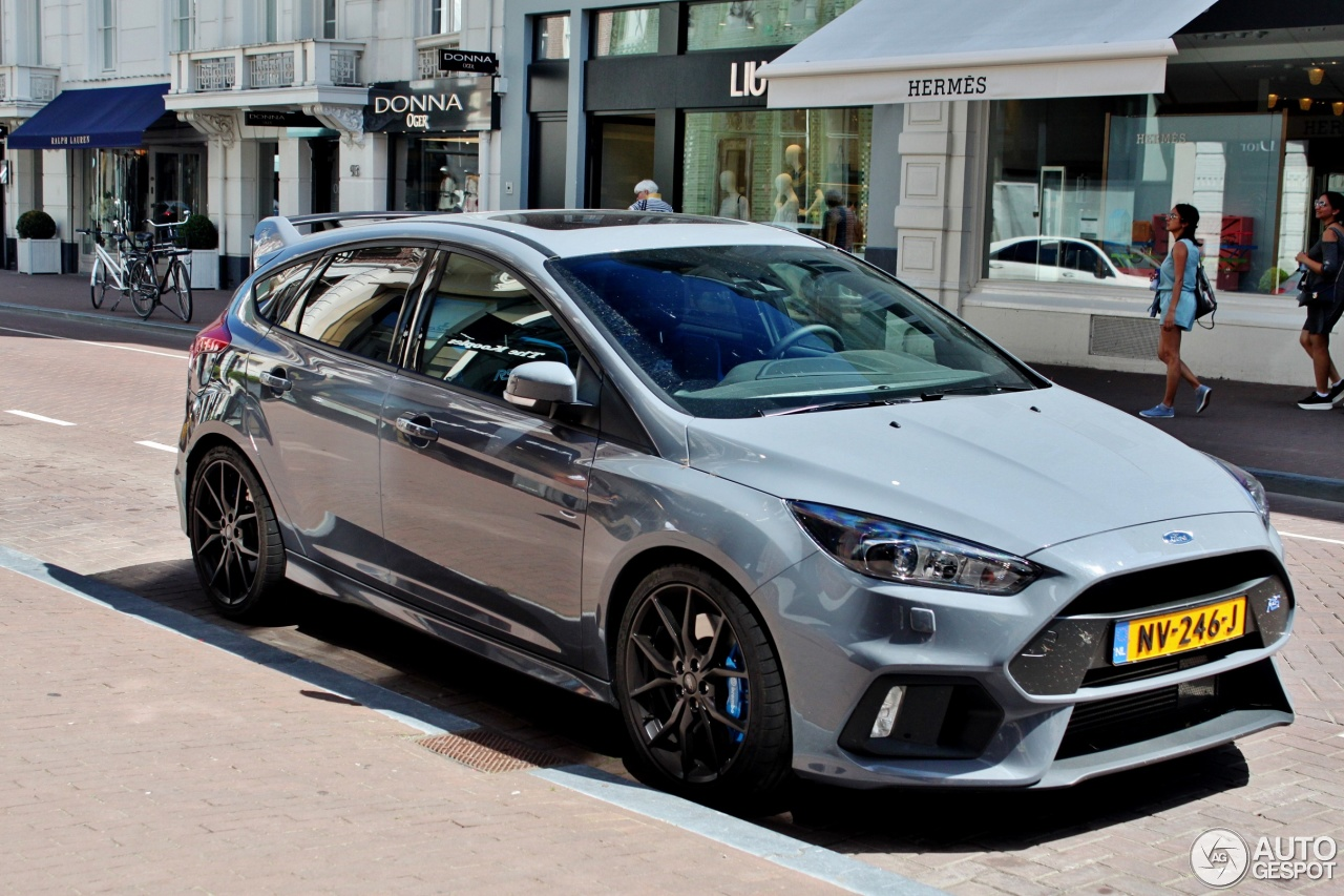 ford focus rs 2015 28 may 2017 autogespot. Black Bedroom Furniture Sets. Home Design Ideas