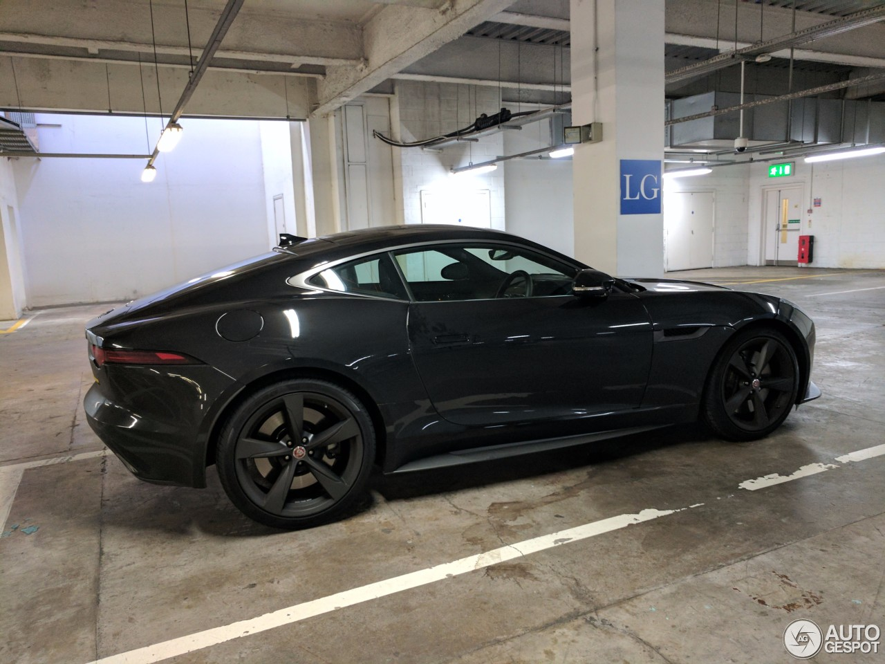 jaguar f type 400 sport coup 28 may 2017 autogespot. Black Bedroom Furniture Sets. Home Design Ideas