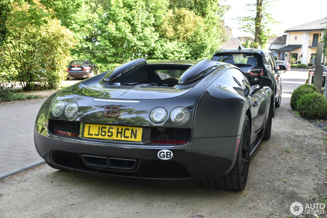 bugatti veyron 16 4 grand sport vitesse 29 mai 2017. Black Bedroom Furniture Sets. Home Design Ideas