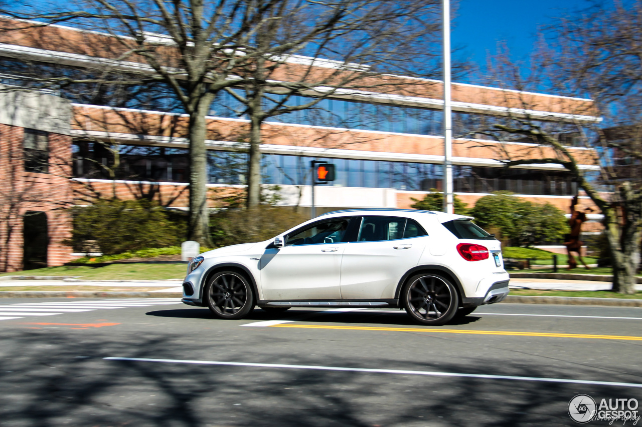 Mercedes benz gla 45 amg x156 30 may 2017 autogespot for 2017 mercedes benz amg gla 45