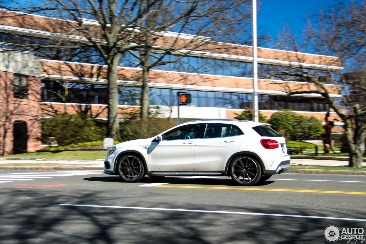 Mercedes benz gla 45 amg x156 30 may 2017 autogespot for 2017 amg gla 45 mercedes benz