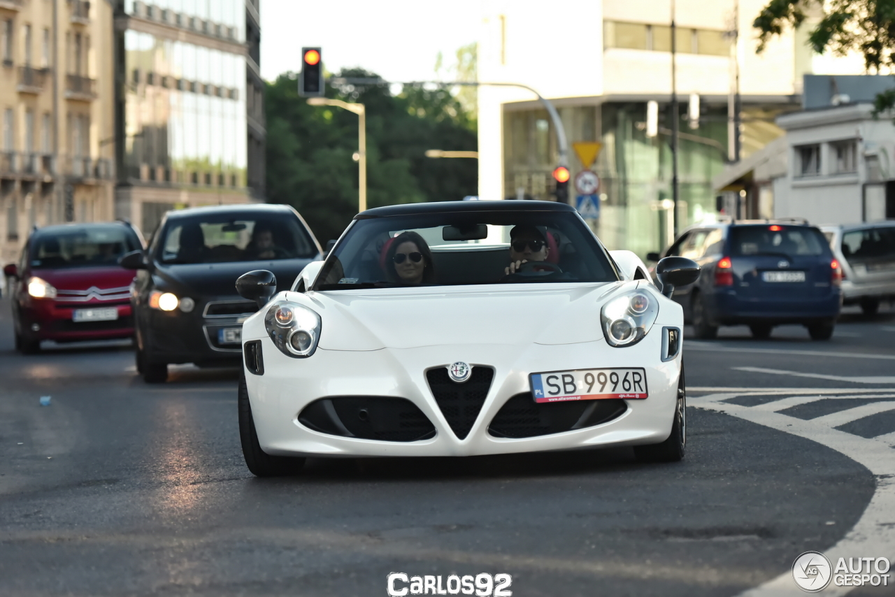 alfa romeo 4c spider 1 june 2017 autogespot. Black Bedroom Furniture Sets. Home Design Ideas