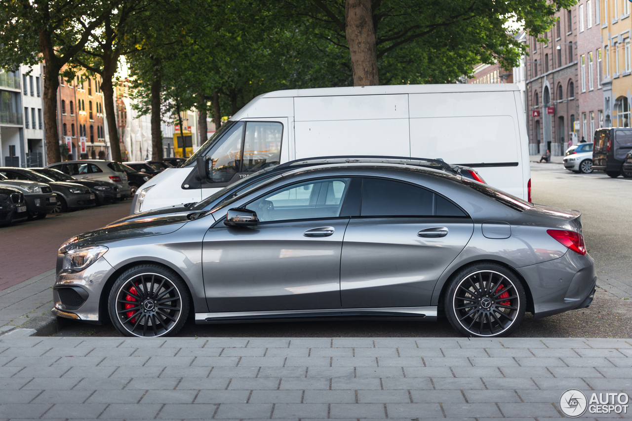 mercedes benz cla 45 amg c117 1 june 2017 autogespot. Black Bedroom Furniture Sets. Home Design Ideas