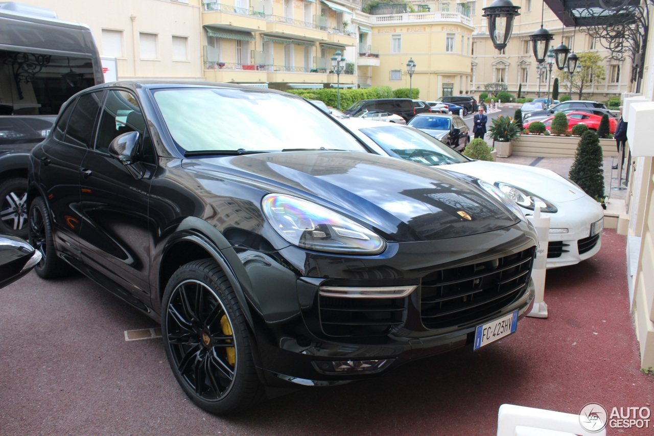 porsche 958 cayenne turbo s mkii 1 june 2017 autogespot. Black Bedroom Furniture Sets. Home Design Ideas