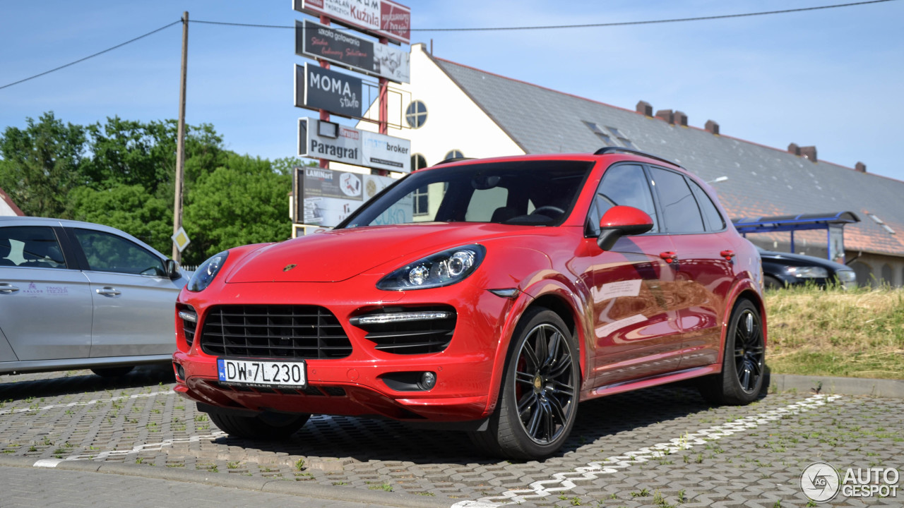 porsche 958 cayenne gts 3 june 2017 autogespot. Black Bedroom Furniture Sets. Home Design Ideas