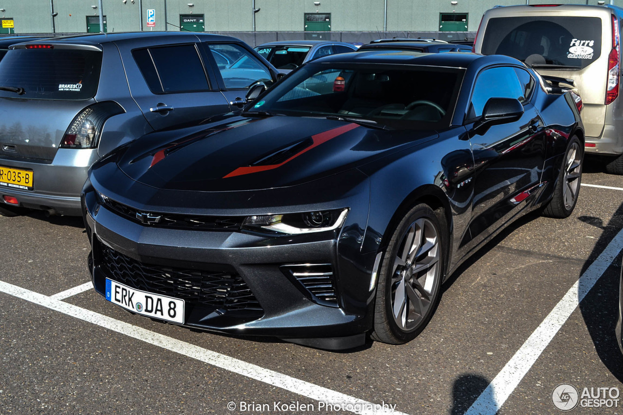 chevrolet camaro ss 2016 50th anniversary 4 june 2017 autogespot. Black Bedroom Furniture Sets. Home Design Ideas