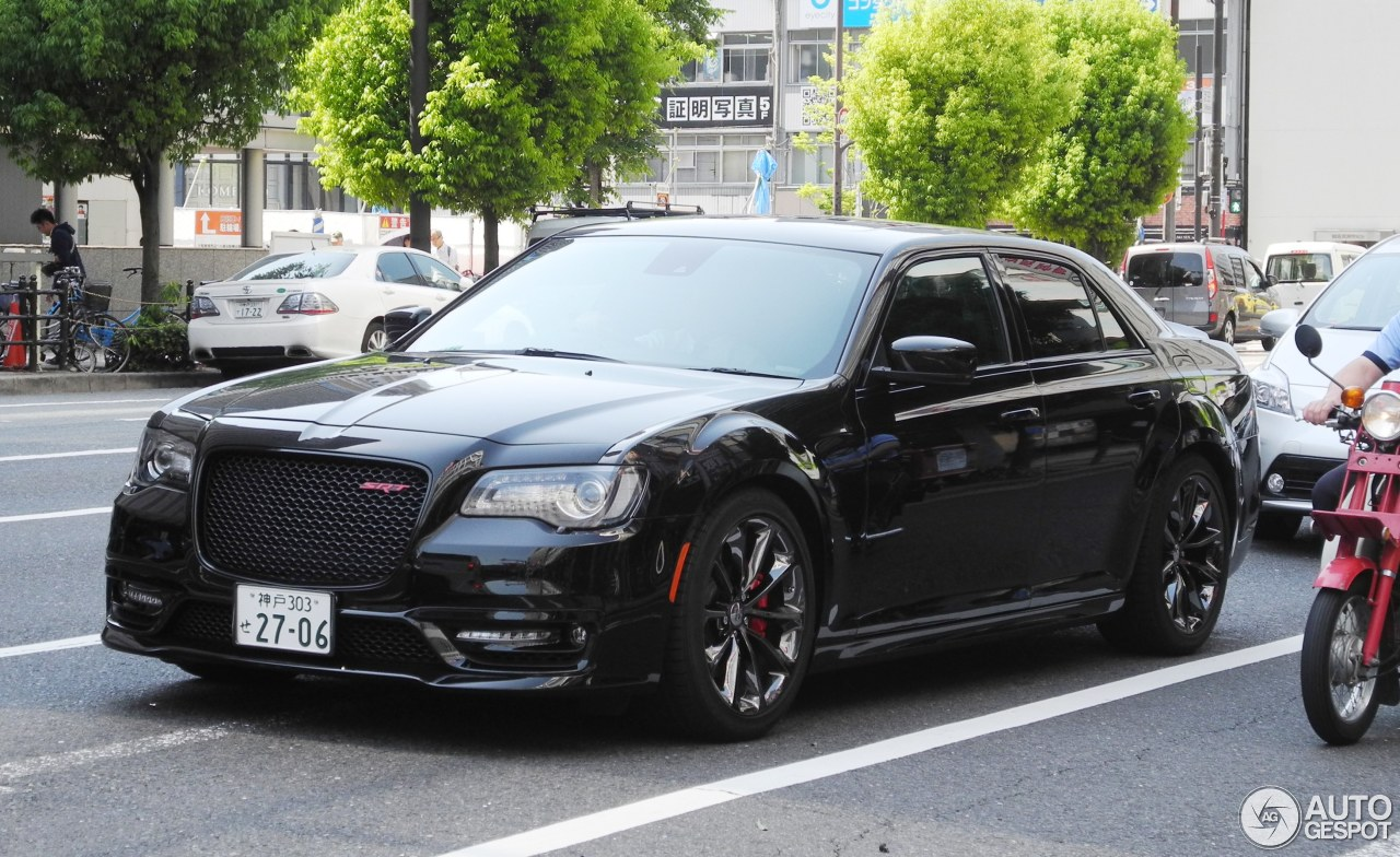chrysler 300c srt8 2016 4 juni 2017 autogespot. Black Bedroom Furniture Sets. Home Design Ideas
