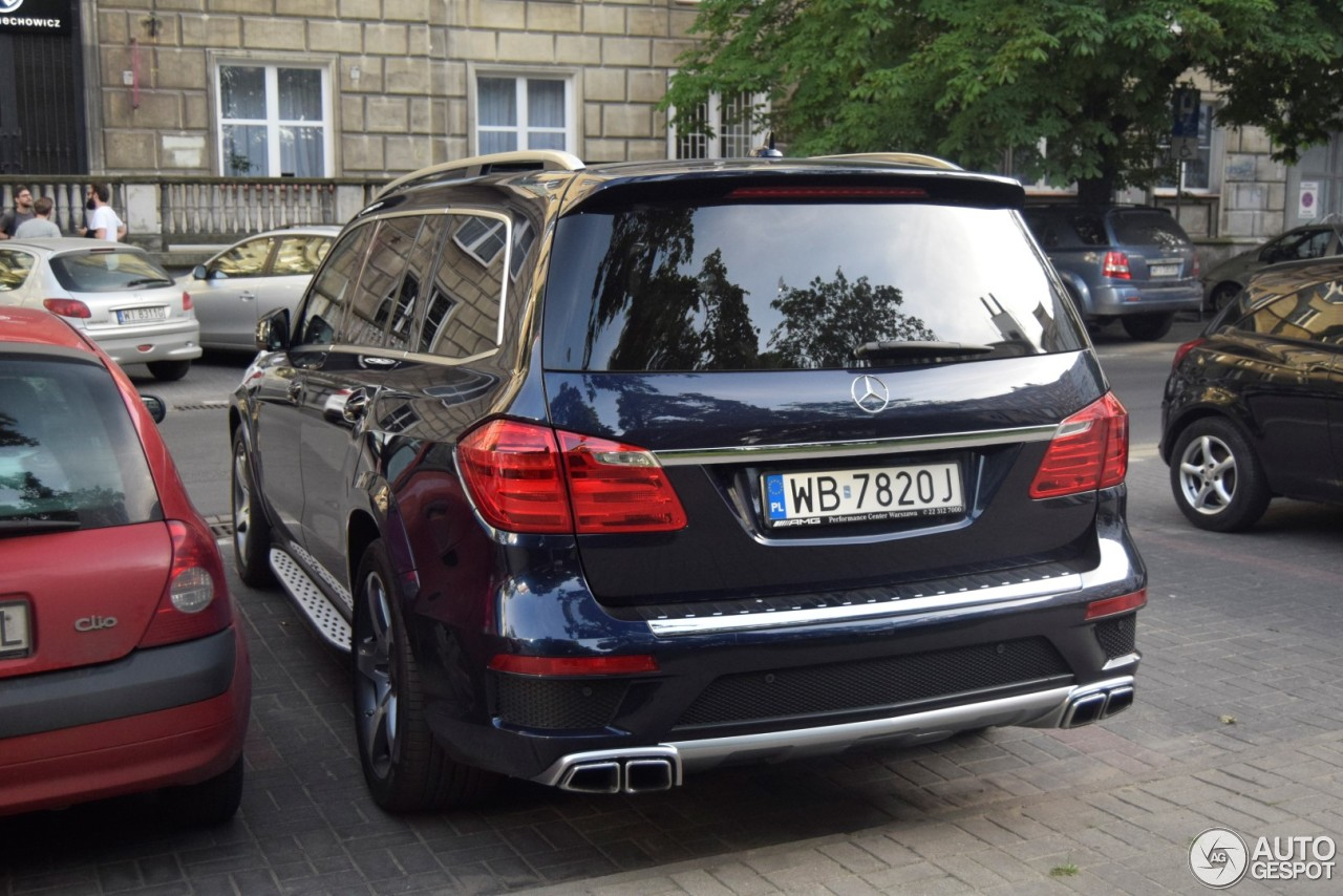 mercedes benz gl 63 amg x166 4 june 2017 autogespot. Black Bedroom Furniture Sets. Home Design Ideas