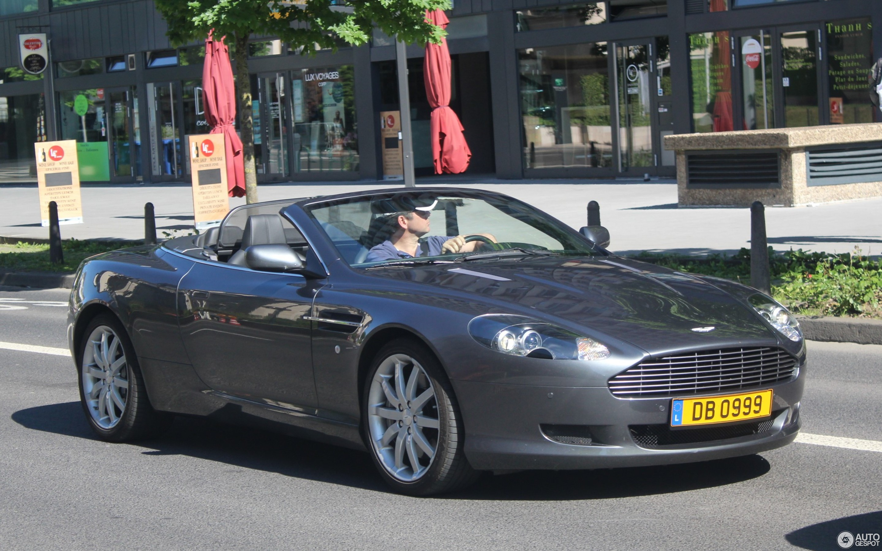 Aston Martin Db9 Volante 8 June 2017 Autogespot