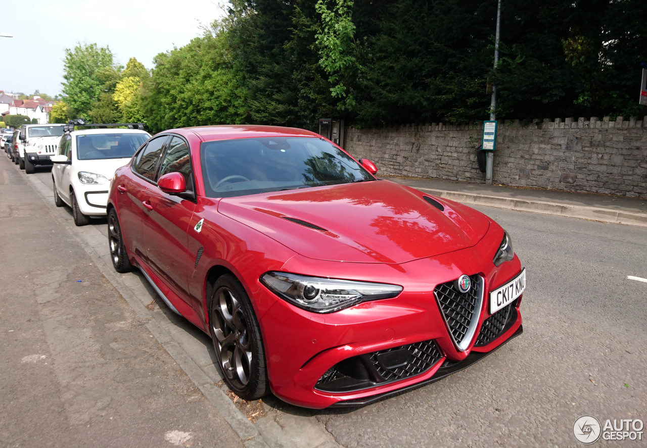 alfa romeo giulia quadrifoglio 10 june 2017 autogespot. Black Bedroom Furniture Sets. Home Design Ideas