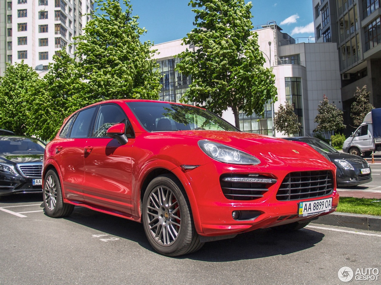 porsche 958 cayenne gts 11 june 2017 autogespot. Black Bedroom Furniture Sets. Home Design Ideas